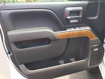 2017 Chevrolet Silverado 1500 Crew Cab 4x4, Pickup #M44566B - photo 16