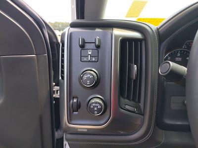 2017 Chevrolet Silverado 1500 Crew Cab 4x4, Pickup #M44566B - photo 22