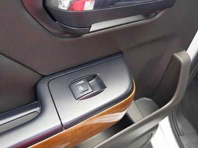 2017 Chevrolet Silverado 1500 Crew Cab 4x4, Pickup #M44566B - photo 28