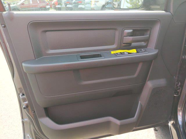 2021 Ram 1500 Classic Crew Cab 4x2, Pickup #M63666 - photo 15