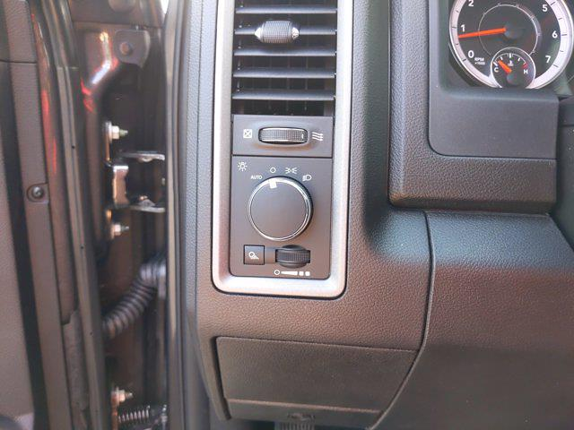 2021 Ram 1500 Classic Crew Cab 4x2, Pickup #M63666 - photo 21