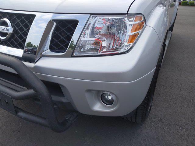 2020 Nissan Frontier Crew Cab 4x2, Pickup #M73891A - photo 13