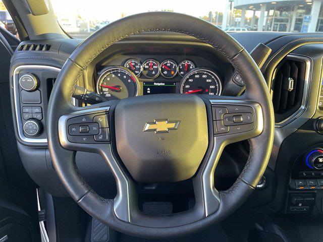 2021 Chevrolet Silverado 1500 Crew Cab 4x2, Pickup #M74572A - photo 18