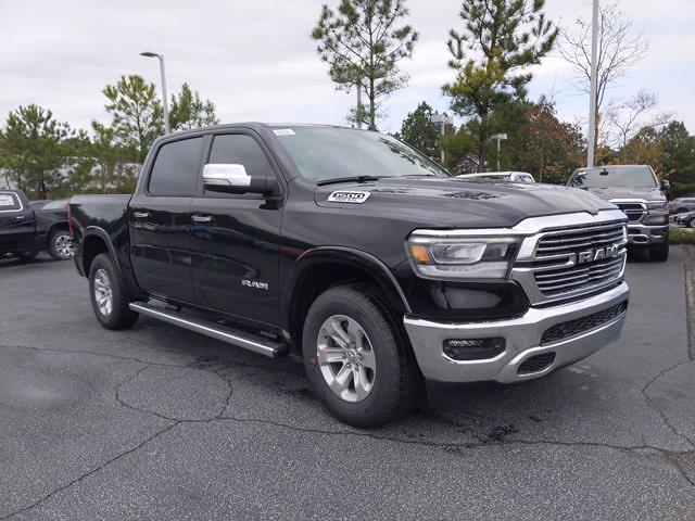 2021 Ram 1500 Crew Cab 4x4, Pickup #M88786 - photo 4