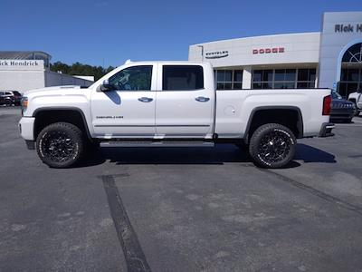 2019 GMC Sierra 2500 Crew Cab 4x4, Pickup #P60813 - photo 10