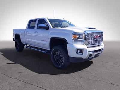2019 GMC Sierra 2500 Crew Cab 4x4, Pickup #P60813 - photo 4