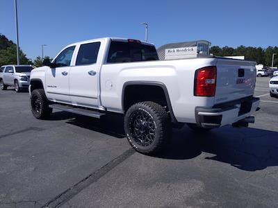 2019 GMC Sierra 2500 Crew Cab 4x4, Pickup #P60813 - photo 9