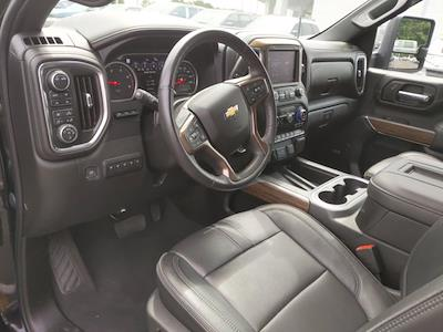2020 Chevrolet Silverado 2500 Crew Cab 4x4, Pickup #SA60973 - photo 2