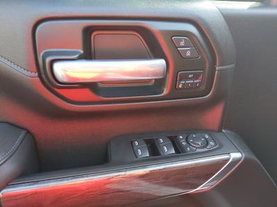 2021 Chevrolet Silverado 2500 Crew Cab 4x4, Pickup #SA60975 - photo 18