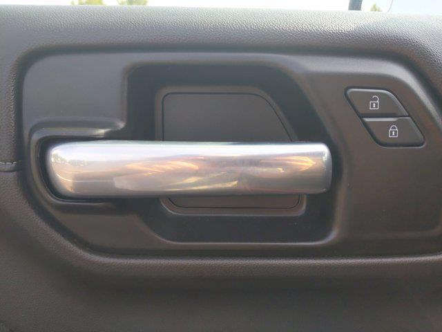 2020 Chevrolet Silverado 1500 Double Cab 4x4, Pickup #SA61090 - photo 17
