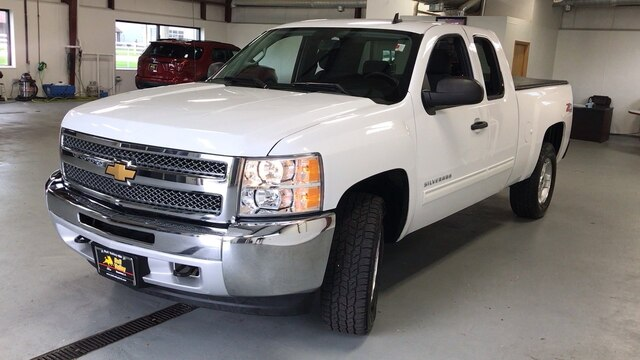 2012 Chevrolet Silverado 1500 Extended Cab 4x4, Pickup #2348A - photo 4