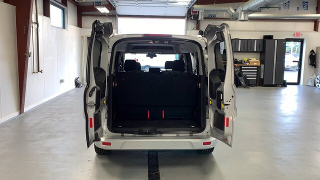 2017 Ford Transit Connect 4x2, Passenger Wagon #92400Z - photo 1