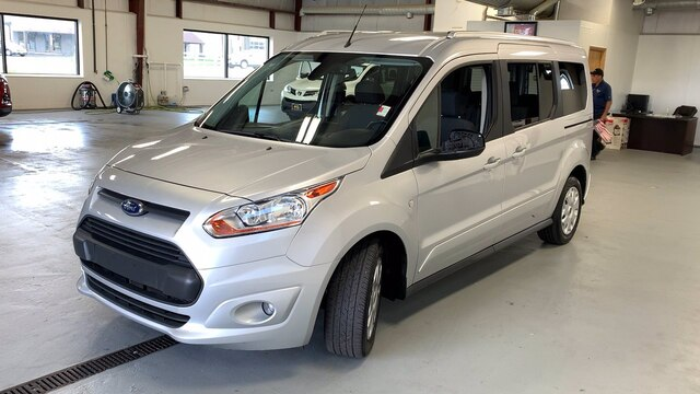 2017 Ford Transit Connect 4x2, Passenger Wagon #92400Z - photo 4