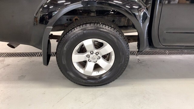 2011 Nissan Frontier Crew Cab 4x4, Pickup #92475A - photo 26