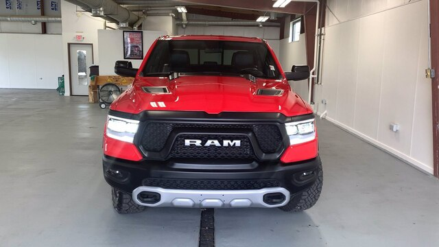2020 Ram 1500 Crew Cab 4x4, Pickup #R1695 - photo 3