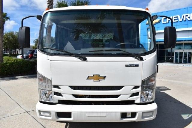 2018 LCF 4500 Crew Cab 4x2,  Womack Truck Body Dovetail Landscape #JS807191 - photo 3