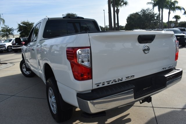 2018 Titan XD Crew Cab, Pickup #K1216323A - photo 7