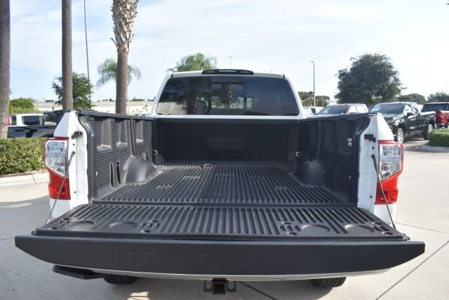 2018 Titan XD Crew Cab, Pickup #K1216323A - photo 11