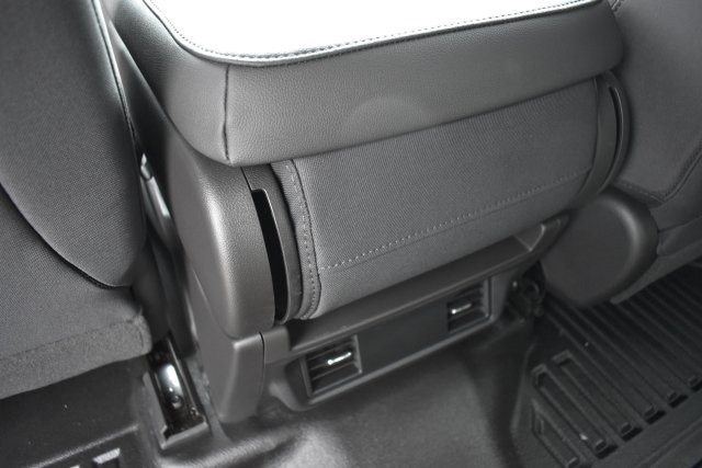 2020 Silverado 2500 Crew Cab 4x2, Pickup #LF102187 - photo 17