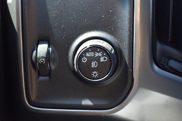 2018 Chevrolet Silverado 1500 Double Cab 4x2, Pickup #MF232412A - photo 26