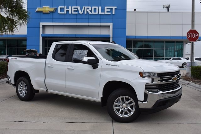2021 Chevrolet Silverado 1500 Double Cab 4x4, Pickup #MZ122613 - photo 1