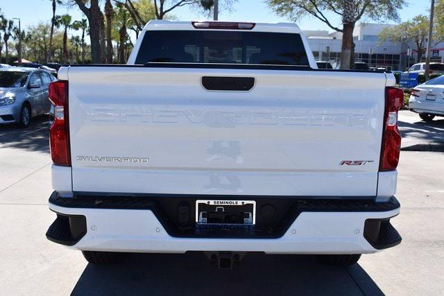 2021 Chevrolet Silverado 1500 Crew Cab 4x2, Pickup #MZ239243 - photo 5