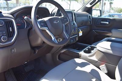 2021 Chevrolet Silverado 1500 Crew Cab 4x2, Pickup #MZ239243 - photo 18