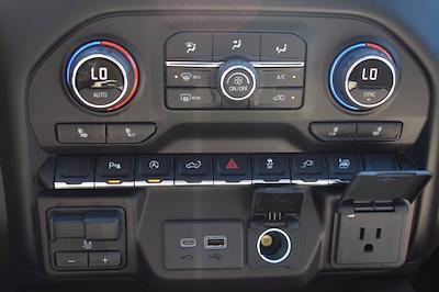 2021 Chevrolet Silverado 1500 Crew Cab 4x2, Pickup #MZ239243 - photo 25