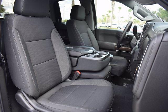 2021 Chevrolet Silverado 1500 Double Cab 4x2, Pickup #MZ249342 - photo 9