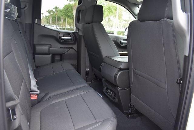 2021 Chevrolet Silverado 1500 Double Cab 4x2, Pickup #MZ249342 - photo 10