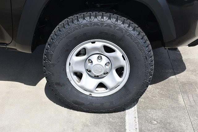 2018 Toyota Tacoma Double Cab 4x4, Pickup #MZ273712A - photo 9
