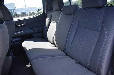 2018 Toyota Tacoma Double Cab 4x4, Pickup #MZ273712A - photo 16