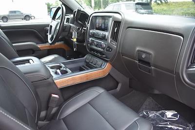 2018 Chevrolet Silverado 1500 Crew Cab 4x4, Pickup #MZ306012A - photo 11