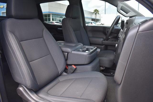 2019 Chevrolet Silverado 1500 Crew Cab 4x4, Pickup #MZ311360A - photo 12