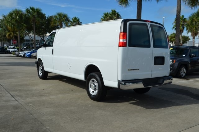 2020 Chevrolet Express 3500 RWD, Empty Cargo Van #P6690 - photo 7