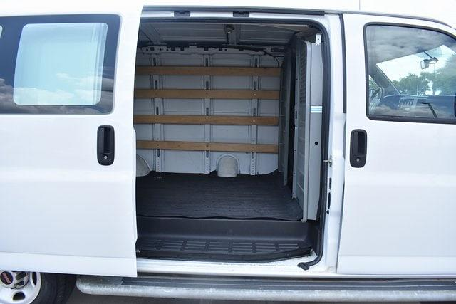 2018 GMC Savana 2500 4x2, Empty Cargo Van #P7107 - photo 14