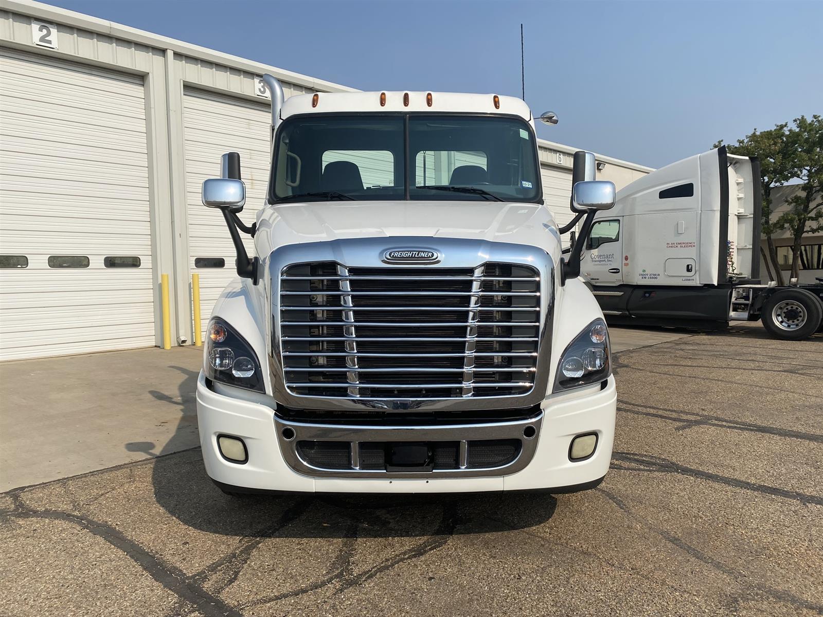 2016 Freightliner Truck 6x4, Tractor #801TGP7580 - photo 1