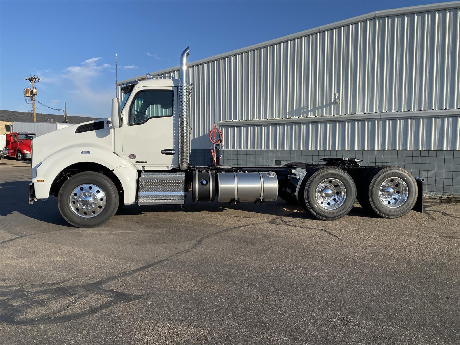 2021 Kenworth T880 6x4, Tractor #MJ464188 - photo 1