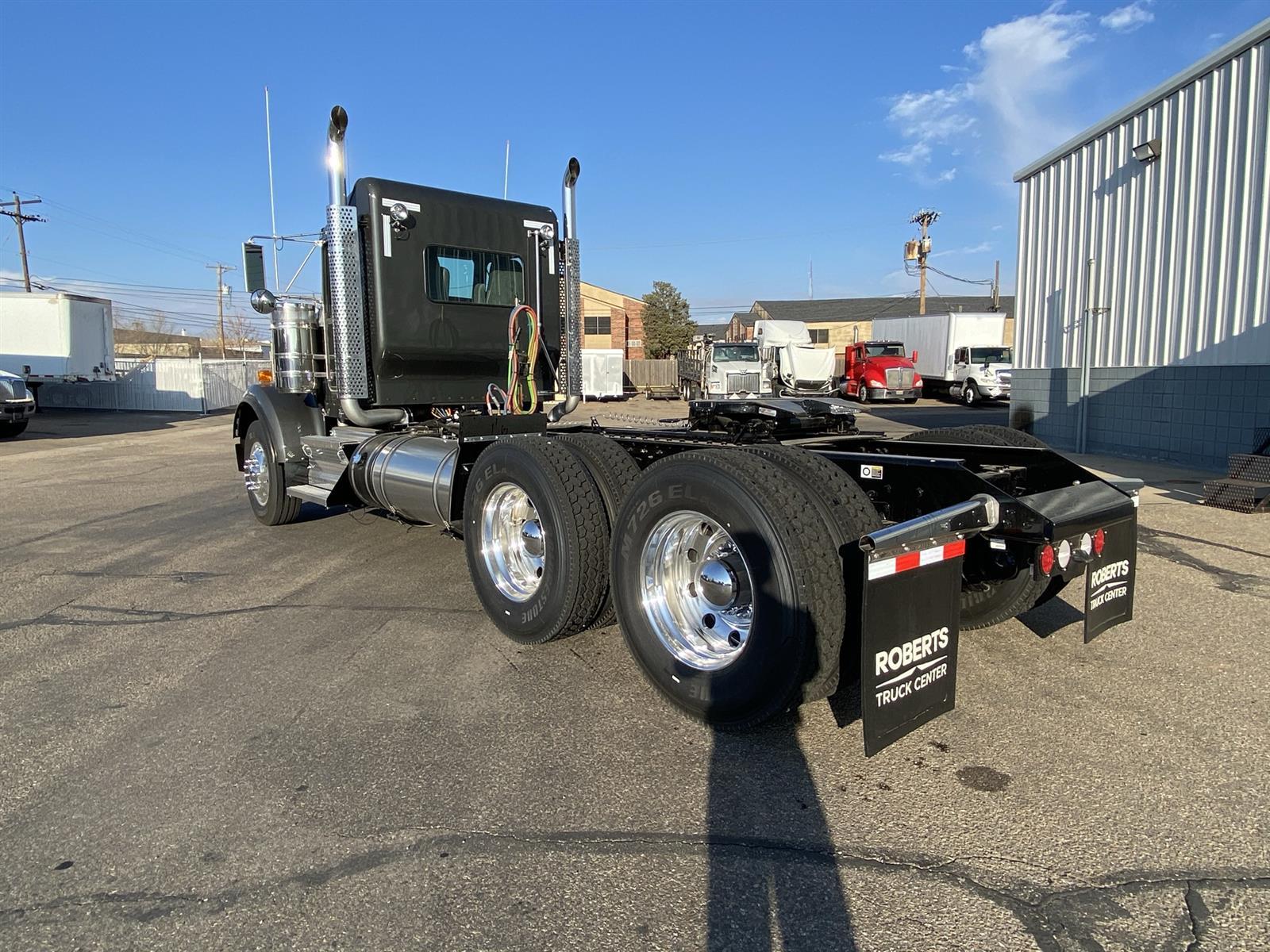2021 Kenworth W900 6x4, Tractor #MR452024 - photo 1