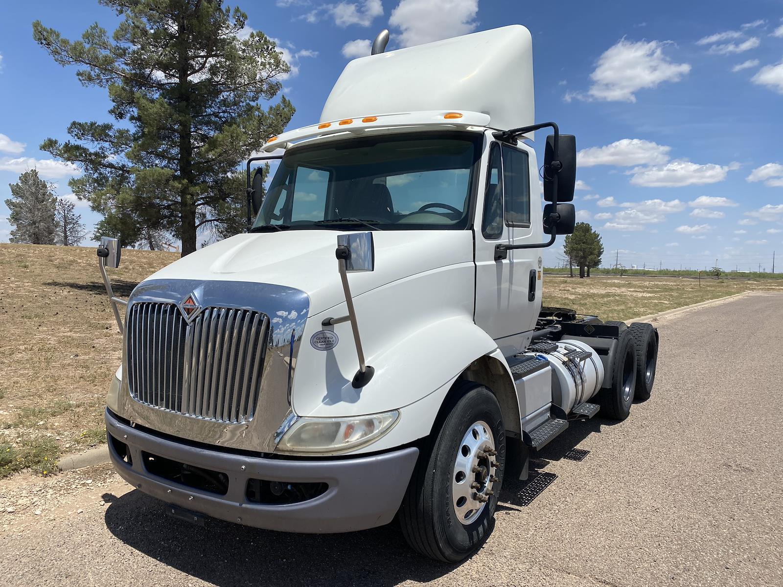 2015 International Truck 6x4, Tractor #801L715510 - photo 1