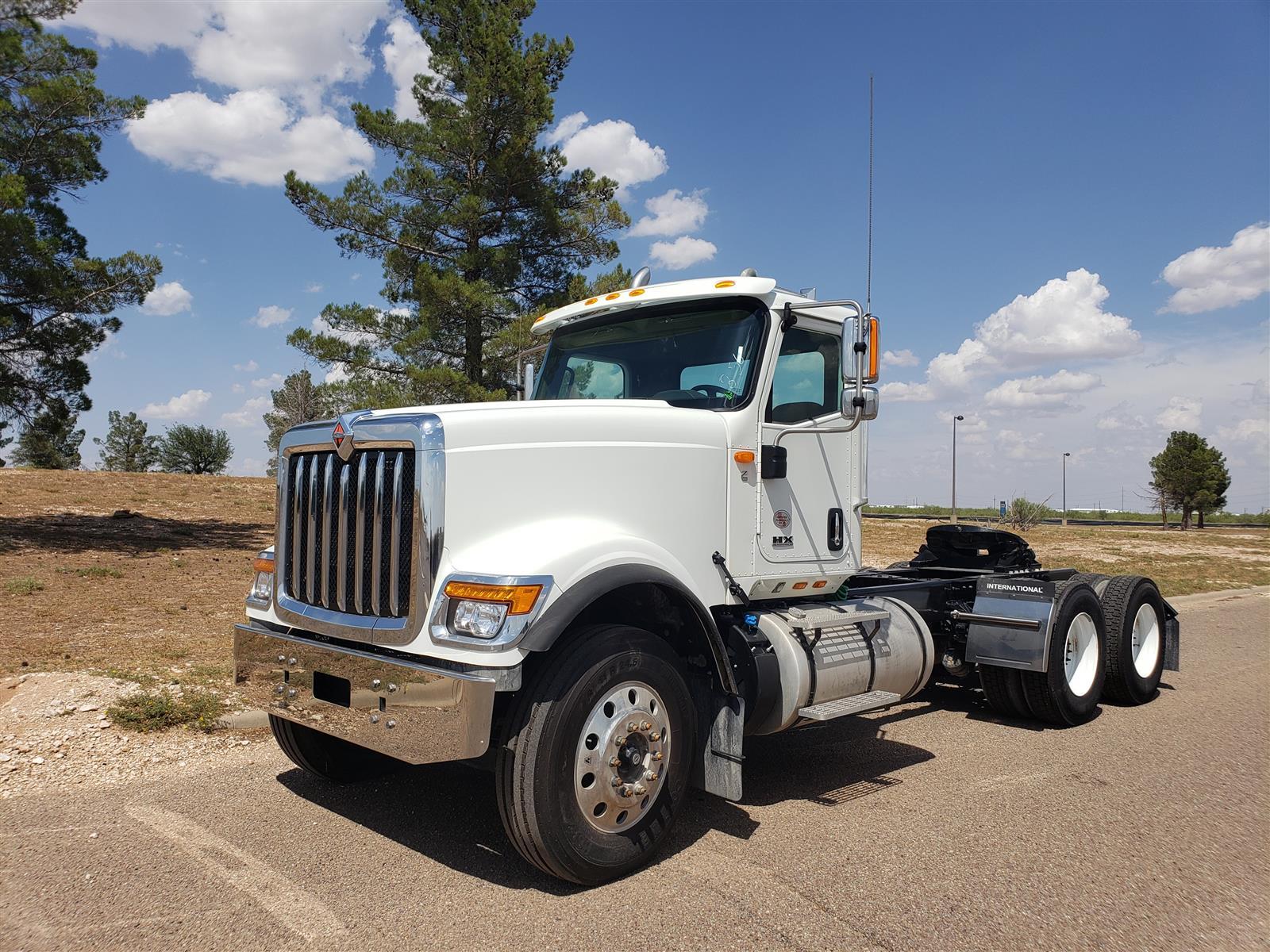 2019 International HX 6x4, Tractor #KN363152 - photo 1