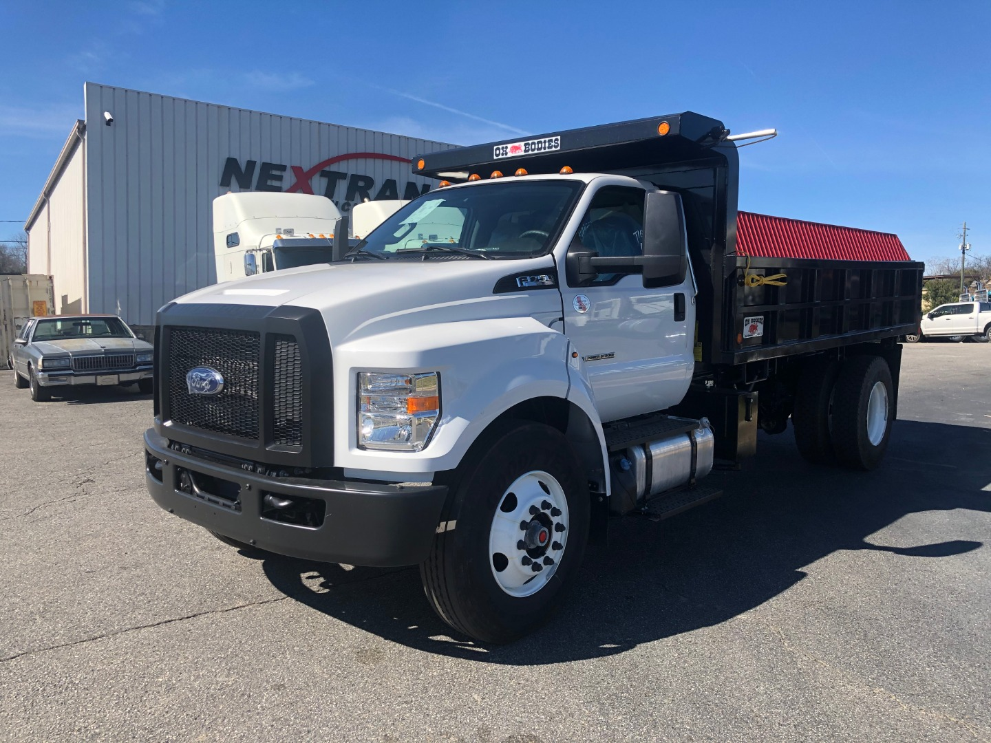 2019 Ford F-750 Regular Cab DRW 4x2, Ox Bodies Dump Body #F15960 - photo 1