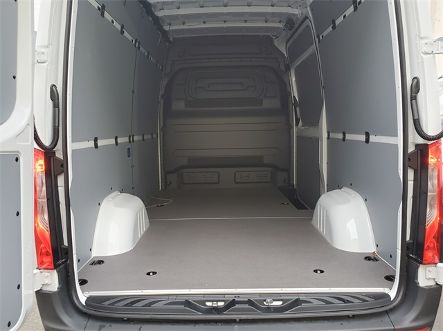2019 Mercedes-Benz Sprinter 4x2, Empty Cargo Van #KP177126 - photo 1