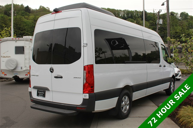 2019 Mercedes-Benz Sprinter 2500 High Roof 4x2, Passenger Wagon #KT001978 - photo 1