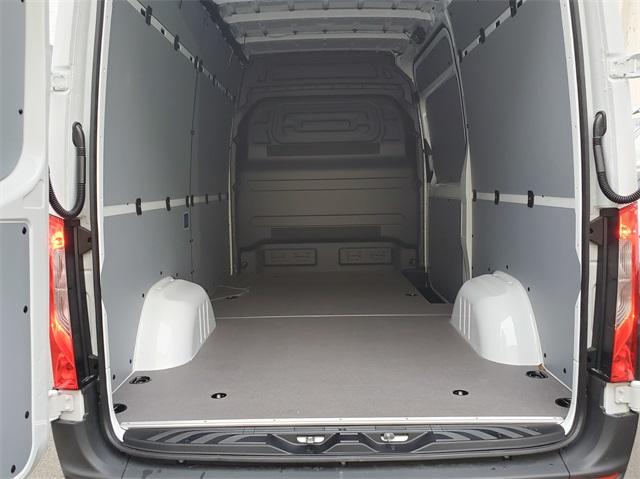 2019 Mercedes-Benz Sprinter 2500 Standard Roof 4x2, Empty Cargo Van #KT016040 - photo 1