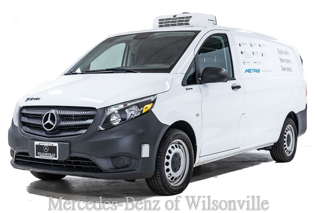 2017 Mercedes-Benz Metris 4x2, Empty Cargo Van #H3254815 - photo 1