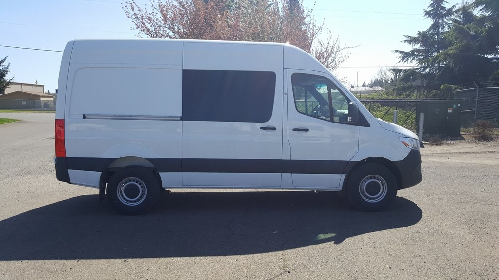 2019 Freightliner Sprinter 2500 4x2, Empty Cargo Van #KP074143 - photo 1