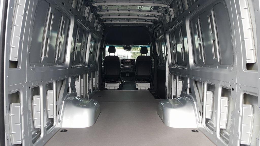 2019 Mercedes-Benz Sprinter 3500XD High Roof 4x4, Empty Cargo Van #KT016266 - photo 1
