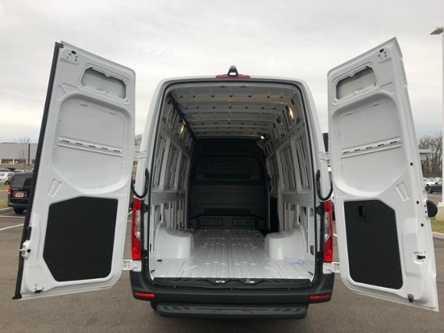 2019 Mercedes-Benz Sprinter Full-size Cargo Van #V16662 - photo 1