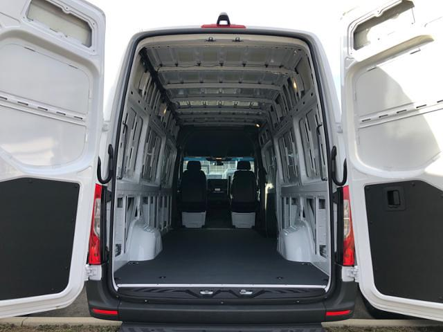 2020 Mercedes-Benz Sprinter 2500 High Roof 4x2, Empty Cargo Van #V173P - photo 2